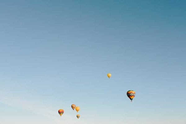 Stunning sunrise hot air balloon ride over Napa Valley and Yountville with Aloft Balloons // WeAreAdventure.us